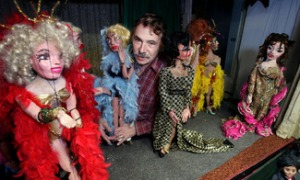Ralph Kipniss with marionettes (Attribution: Daily Herald)